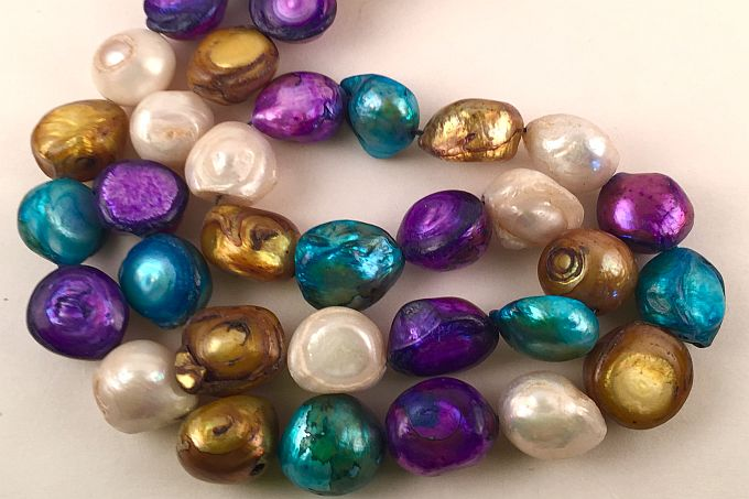 Colored Pearl Beads